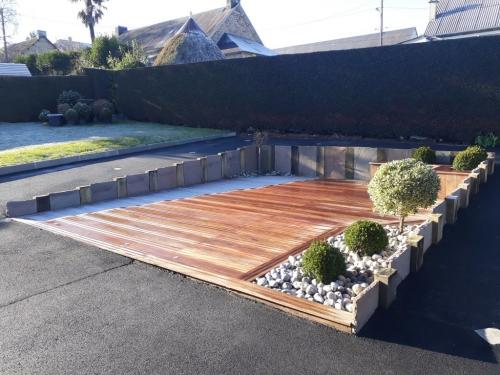 Création d'un espace détente avec terrasse en exotique