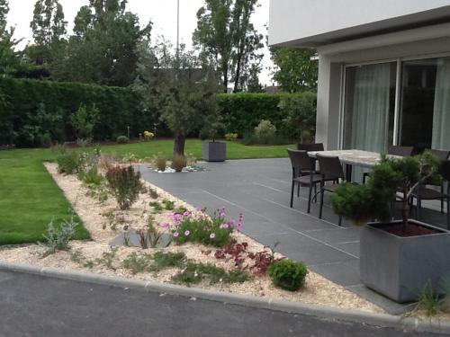 Réalisation d'une terrasse en dalles céramique